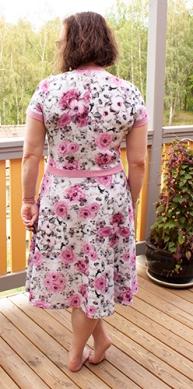 Rosenklänning 3